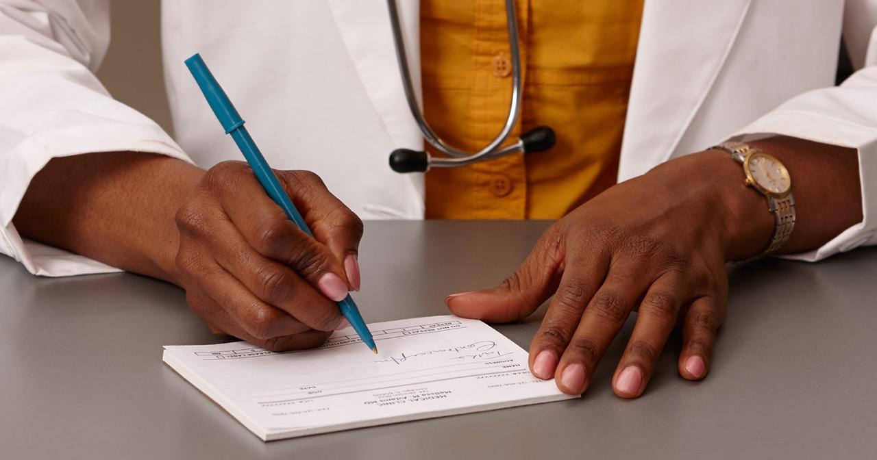 Can premedication make IUD insertion less painful